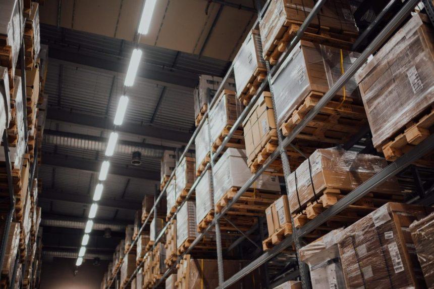 入出庫管理とは|方法や管理のポイント課題点などを詳しくご紹介